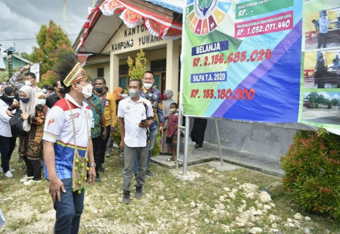Mendes_PDTT Blusukan di Papua, Optimis Desa Bisa Membangun Secara Mandiri. Foto : Kemendesa PDTT RI