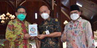 Menteri Desa PDTT RI, Abdul Halim Iskandar menemui Bupati Jepara pada kunjungan kerja ke Jepara, Jawa Tengah, Indonesia. Foto : Kemendesa PDTT RI
