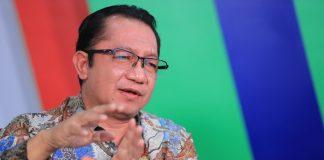 Sekretaris Jenderal Kementerian Desa RI, Taufik Madjid sebagai narasumber Webinar Digitalisasi KARTANU, Jakarta, Indonesia. Foto : Kemendesa PDTT RI