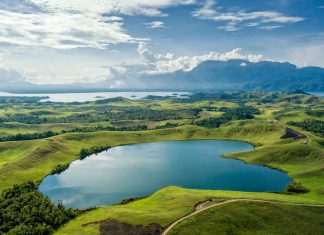 Wisata Alam Populer di Papua. Foto : Kemenparekraf RI